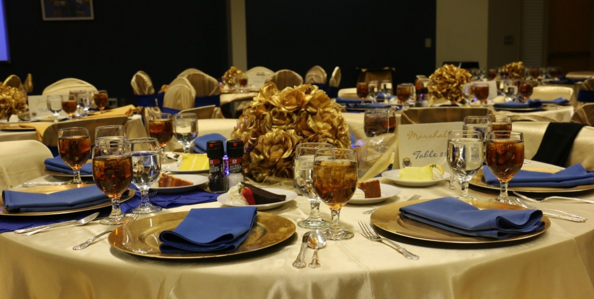 Christmas restaurant dinners